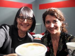 Messekaffee mit Autoren-Kollegin Anna Martens